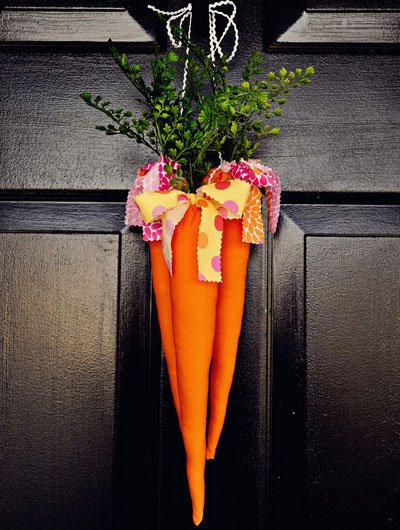 Click-Pic-for-25-DIY-Easter-Decorations-for-the-Home-Carrot-Door-Hanger-xyx