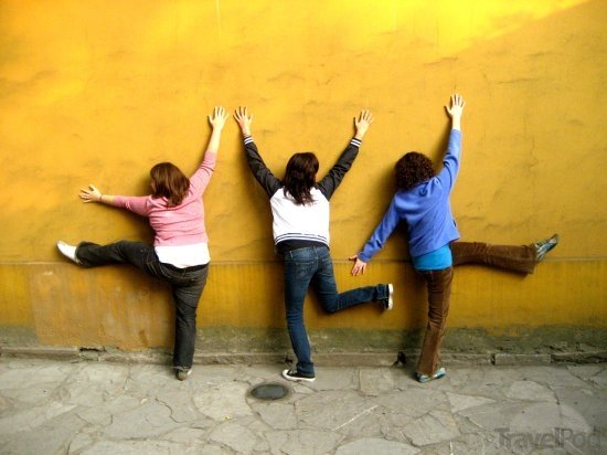 yellow-wall-fun-suzhou másolata