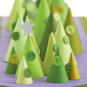 cone-iferous-advent-calendar-christmas-craft-photo-420-FF1110CREAT04