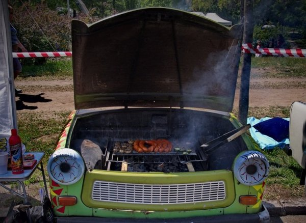 IMGP8885_trabant_grill