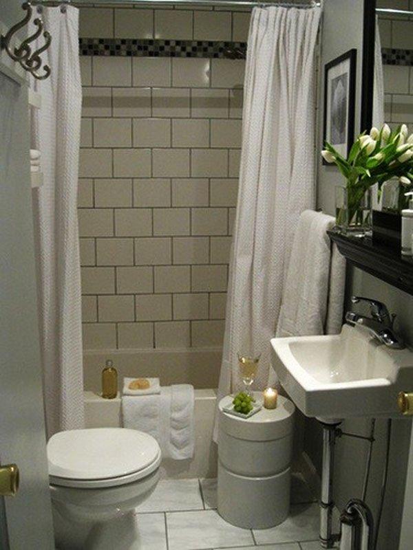 tiny-bathroom