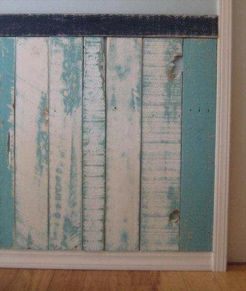 pallet-wainscoting-3