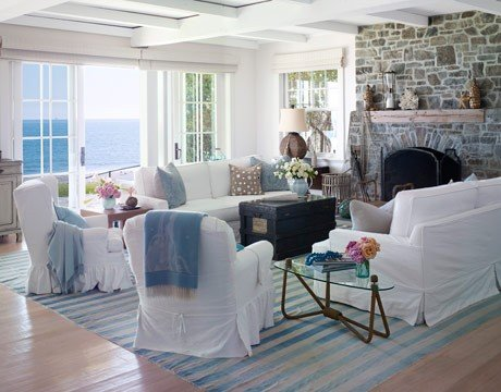 beach-style-house-beautiful-living-room