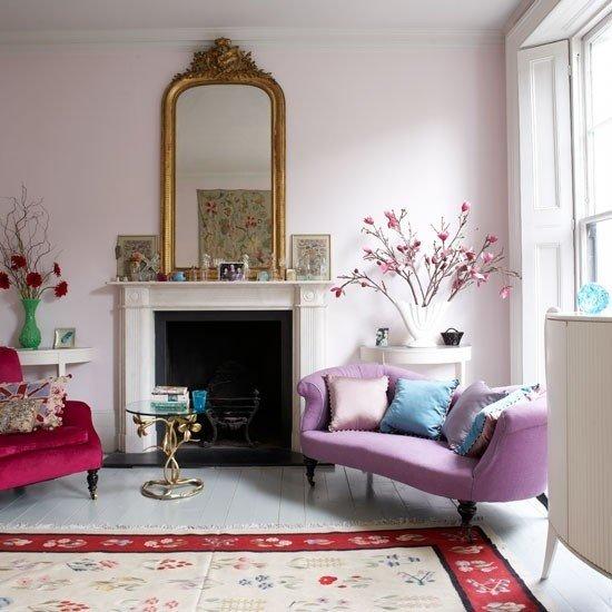 2013-Stylish-And-Feminine-Living-Rooms-Decorating-Ideas-12