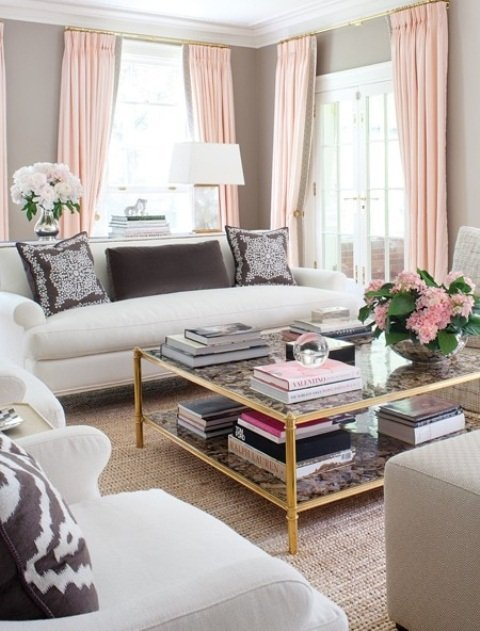 2013-Stylish-And-Feminine-Living-Rooms-Decorating-Ideas-15