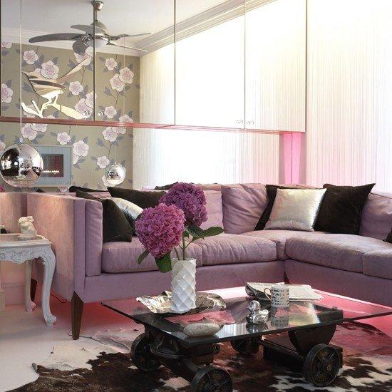 2013-Stylish-And-Feminine-Living-Rooms-Decorating-Ideas-24