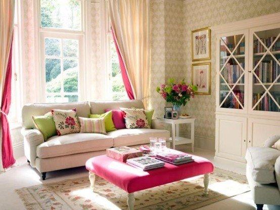 2013-Stylish-And-Feminine-Living-Rooms-Decorating-Ideas-8