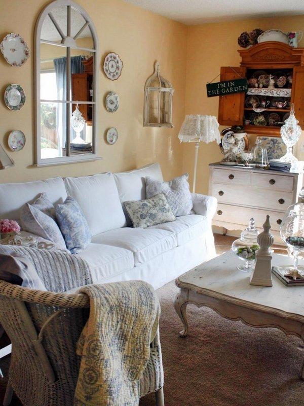 Shabby-Chic-living-room-furniture-white-sofa-wall-mirror-coffee-table