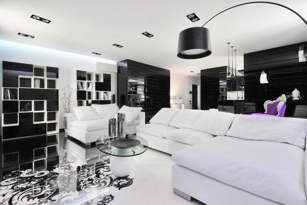 black-and-white-living-room-design-purple-chair-color-accent