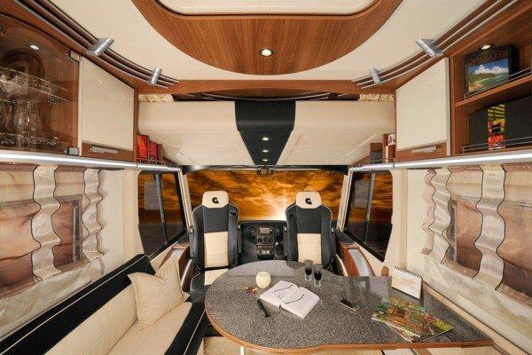 great-vWohnmobil-with-modern-interior-design