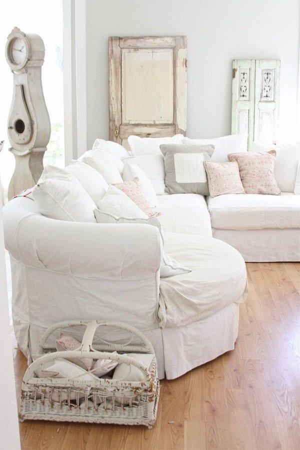 shabby-chic-living-room-furniture-ideas-white-sofa-cushions-decorative-pillows-vintage-clock