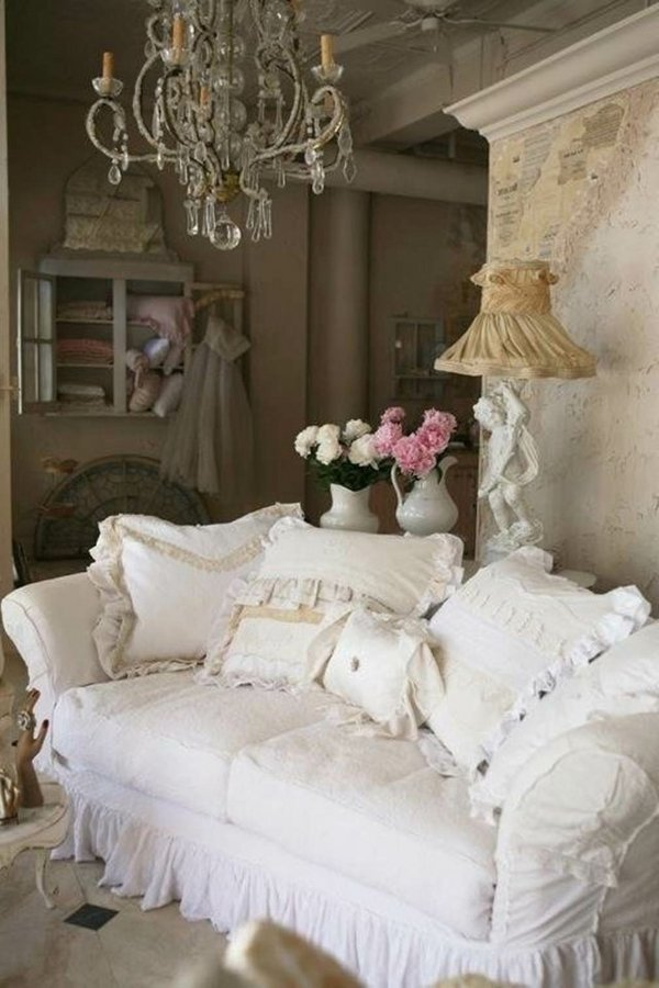 shabby-chic-style-furntiure-living-room-ideas-white-sofa-cushions-white-pink-flowers