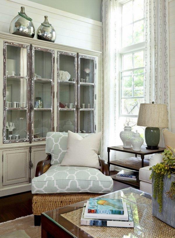 shabby-chic-style-living-room-decor-ideas-vintage-cupboard-bulky-armchair