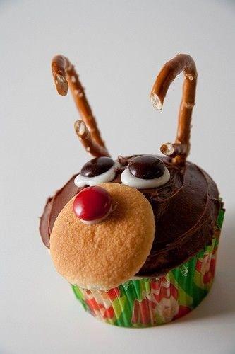 215038-Christmas-Reindeer-Cupcakes