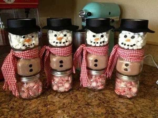 DIY-Christmas-Favours-hot-chocolate-snowmen