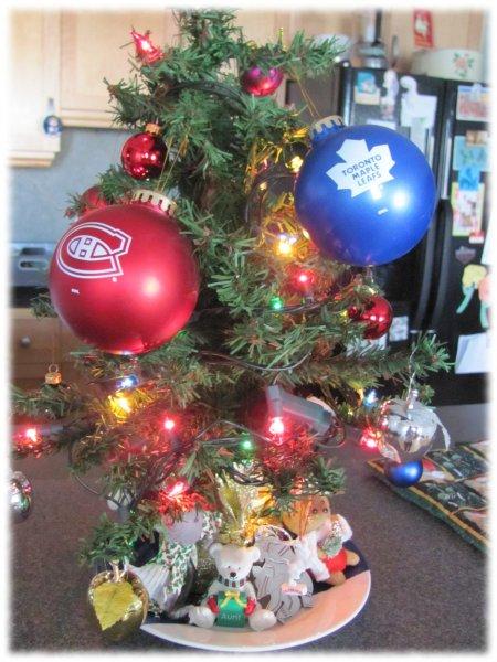 Family_Lines_Christmas_tree
