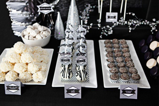 modern-holiday-party-02-640x426